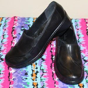 Clarks Black Women 8.5 Loafers Slip On Comfy